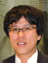岸和田 隆 氏